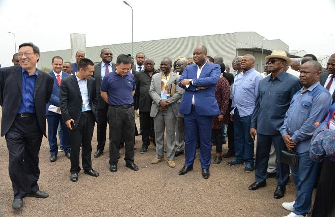 Congo – Zone économique spéciale de Brazzaville: investisseurs et partenaires ont visité les usines de Maloukou