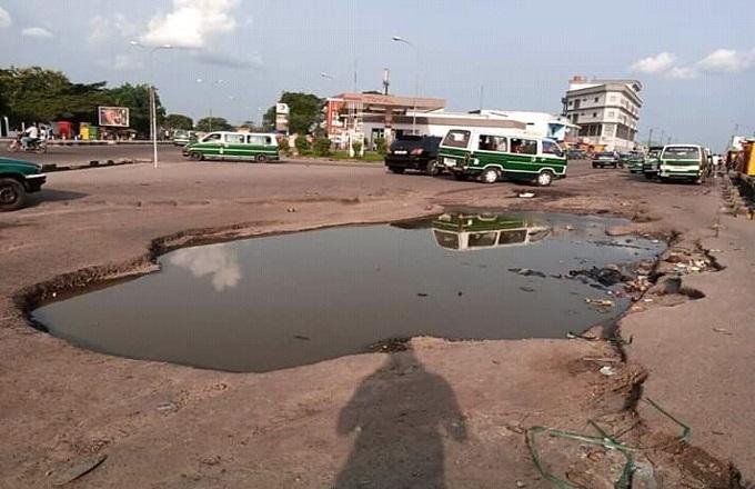 Brazzaville : La circulation devant le centre sportif de Makélékélé, source de tracasseries pour les usagers