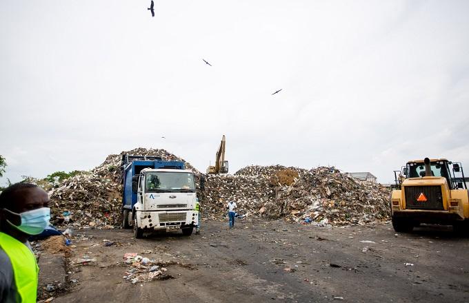 Averda : L'accumulation des ordures ménagères offre son lot d'odeurs nauséabondes dans la zone industrielle de Brazzaville