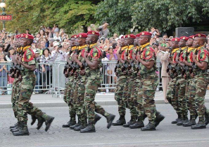 Brazzaville : 649 comptes et avoirs des militaires et gendarmes bloqués par le Ministère de la Défense