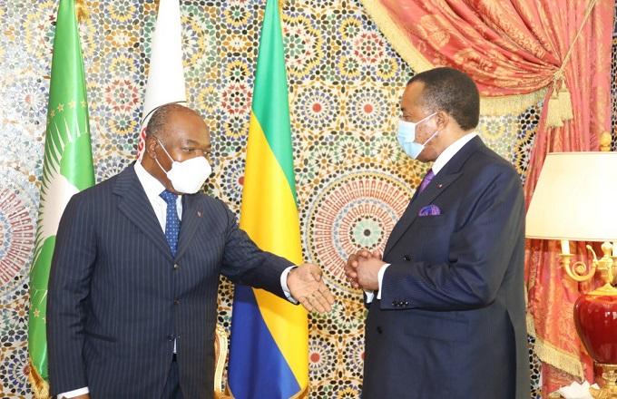 La séance photo d'Ali Bongo Ondimba et Denis Sassou N'Guesso à Libreville suscite un débat sur les réseaux sociaux