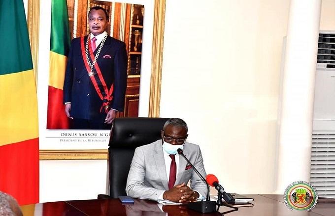 Anatole Collinet Makosso  déroule les 12 grandes batailles que compte mener son gouvernement