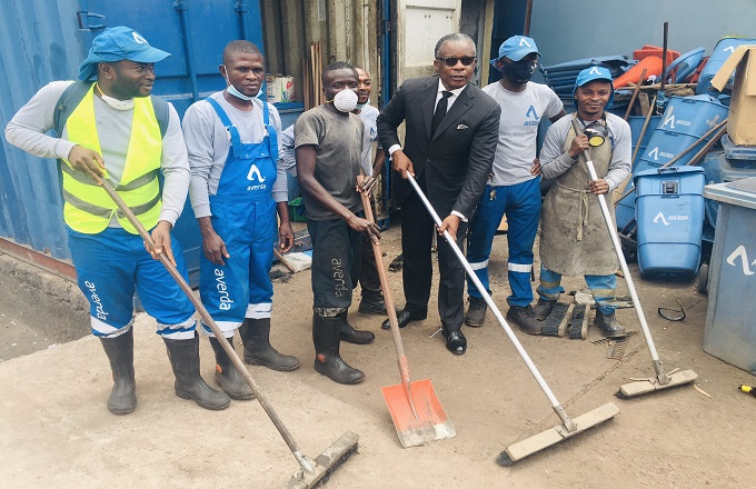 A Brazzaville, les éboueurs reçoivent des encouragements d'Alain Akouala Atipault