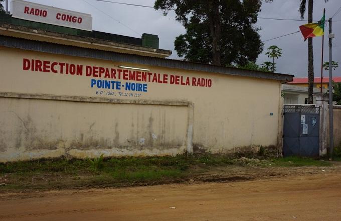 Congo – Médias : Le ministre de la communication interpellé sur la rupture prolongée des émissions de Radio Pointe-Noire
