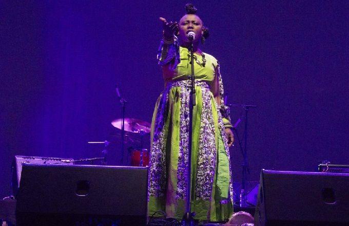 Congo - Fête de la musique : Fanie Fayar sur scène au Radisson Blu M'Bamou Palace Hôtel